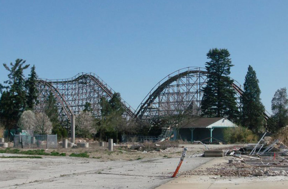 Liberty Ford Solon >> LOCAL NEWS: New Life For Former Geauga Lake Site | Praise ...