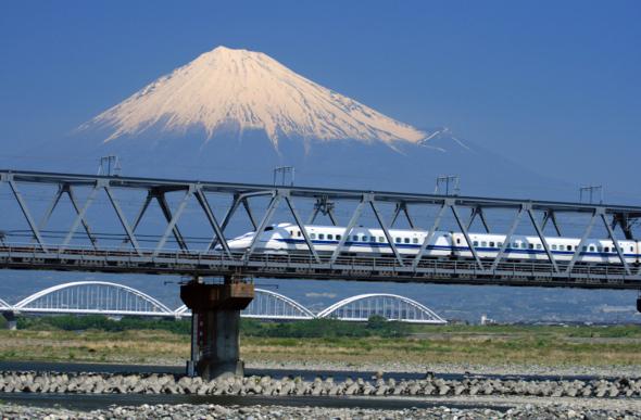 Hokuriku Shinkansen Line Set To Open