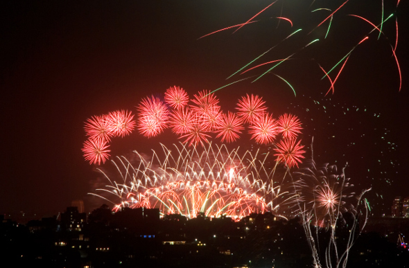 Images new years eve fireworks brisbane 2020 london freeze