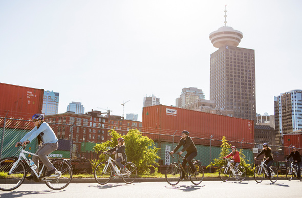 A cycle tour in Vancouver past the cityscape