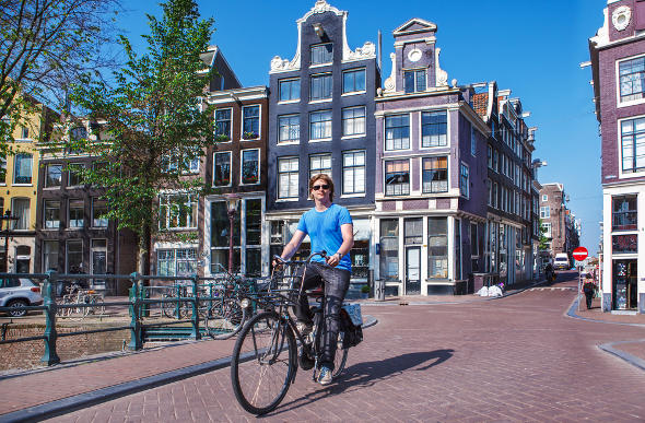Ride On: Top Tips For Cycling Around Amsterdam