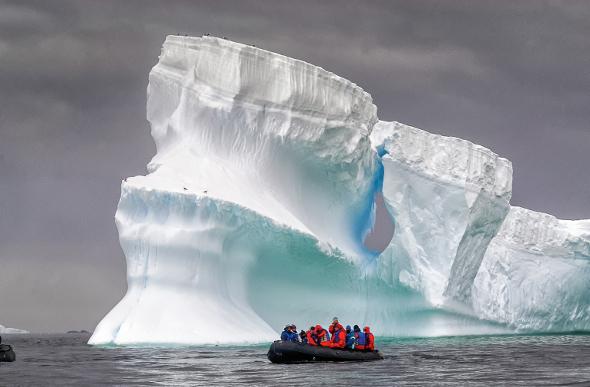 Antarctica's Polar Paradise
