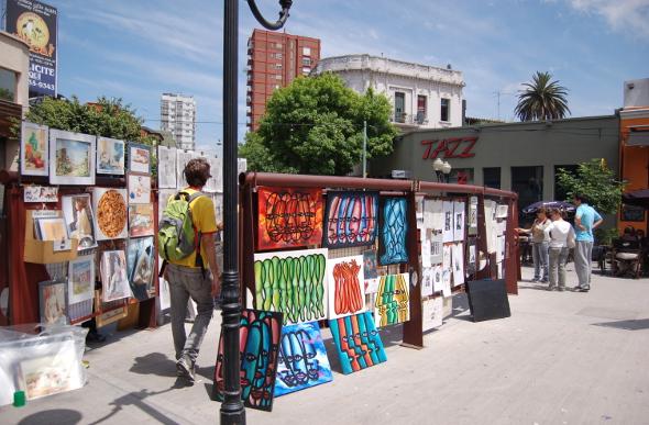 Plaza Serrano market