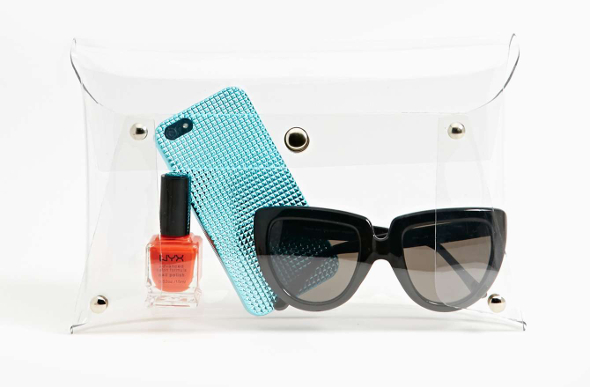 Ladies, This Is The One Travel Accessory You Can't Live Without