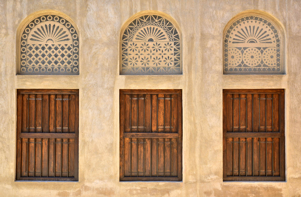 Wooden windows in Al-Fahidi