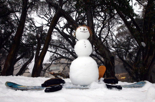 A snowman wishes he could ski at Falls Creek.
