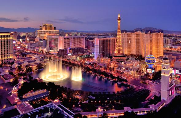 Vegas Vacay: He Says, She Says