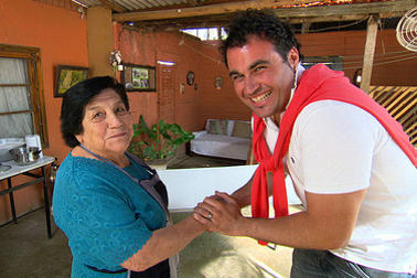 The living room 39 s chef miguel maestre talks spain for The living room channel 10 miguel