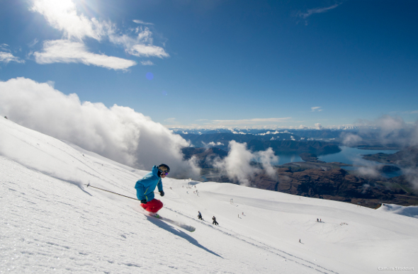 Queenstown skiing