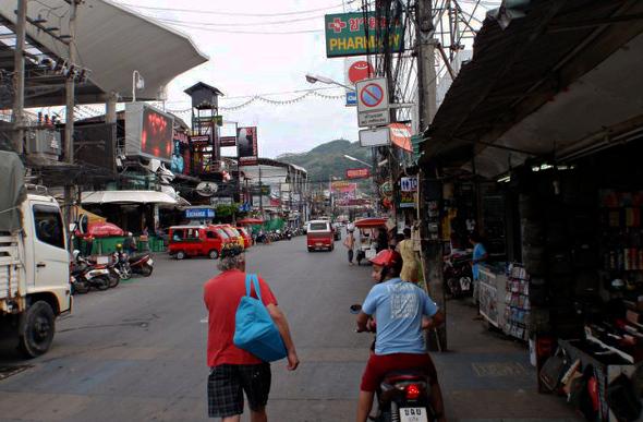 Patong Beach markets