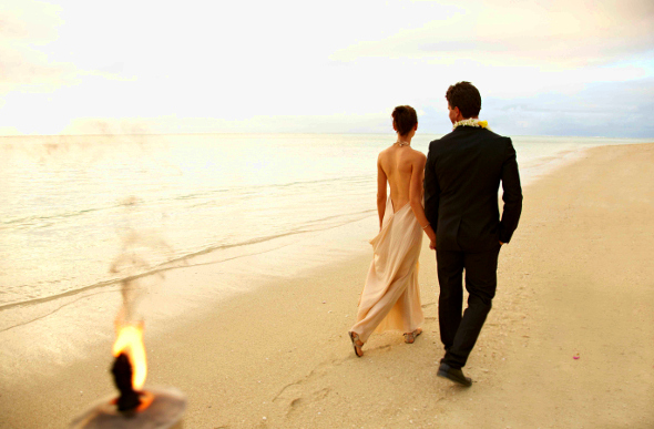 Amore Abroad: Destination Weddings & Honeymoons