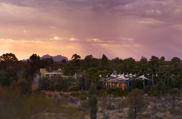 Sails in the desert at one with the outback for Ambiance australia