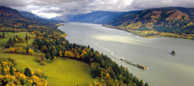 Columbia River cruising