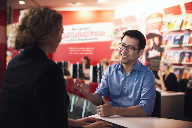 A client speaking with an FCBT Travel Manager