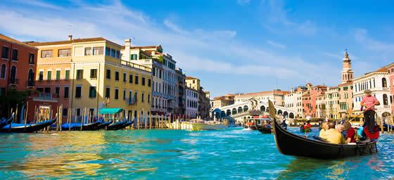 Venice: Gondolas