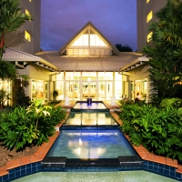 Novotel Cairns Oasis Resort, Cairns Family, Flights + STAY 5 Nights, PAY 4, 4.5-Star   Cairns