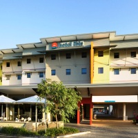 Hotel ibis Townsville, 3 Nights + Reef HQ Great Barrier Reef Aquarium Admission | Townsville