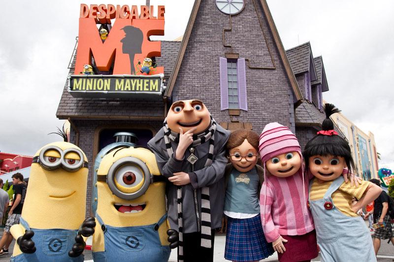 characters at universal studios, hollywood