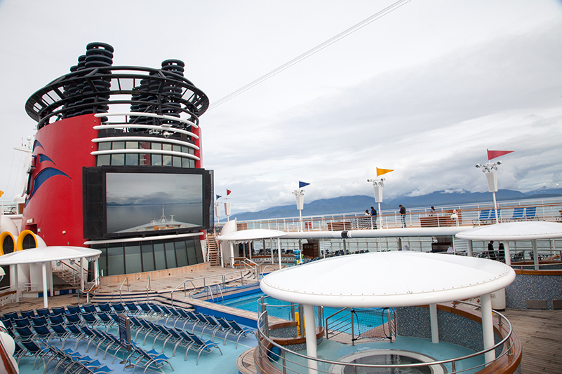 Pool deck, Disney Cruise Line