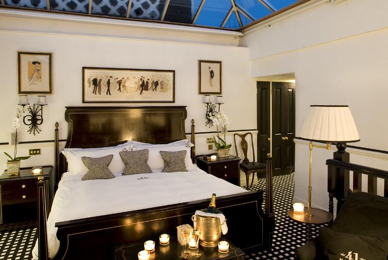 Hotel 41's elegant suite. Photo courtesy of Red Carnation Hotels