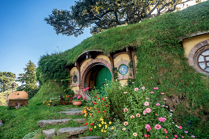 9 things to do new zealand that aren't skiing - Hobbiton