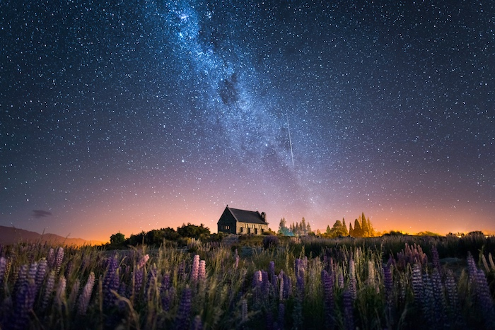 9 things to do new zealand that aren't skiing - Milky way at Lake Tekapo