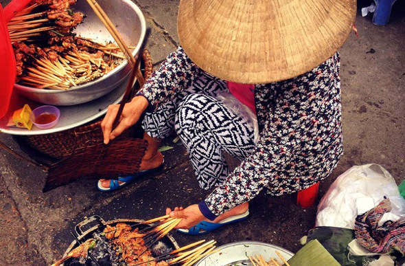 Sniff Out The Best Street Food In Vietnam | Flight Centre