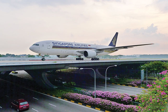Over 7,200 planes pass through Changi Airport each week. (Image: Changi Airport)