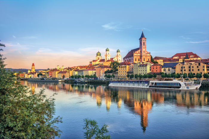APT river cruise passau germany sunrise