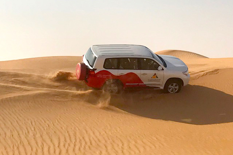4WD in the sand