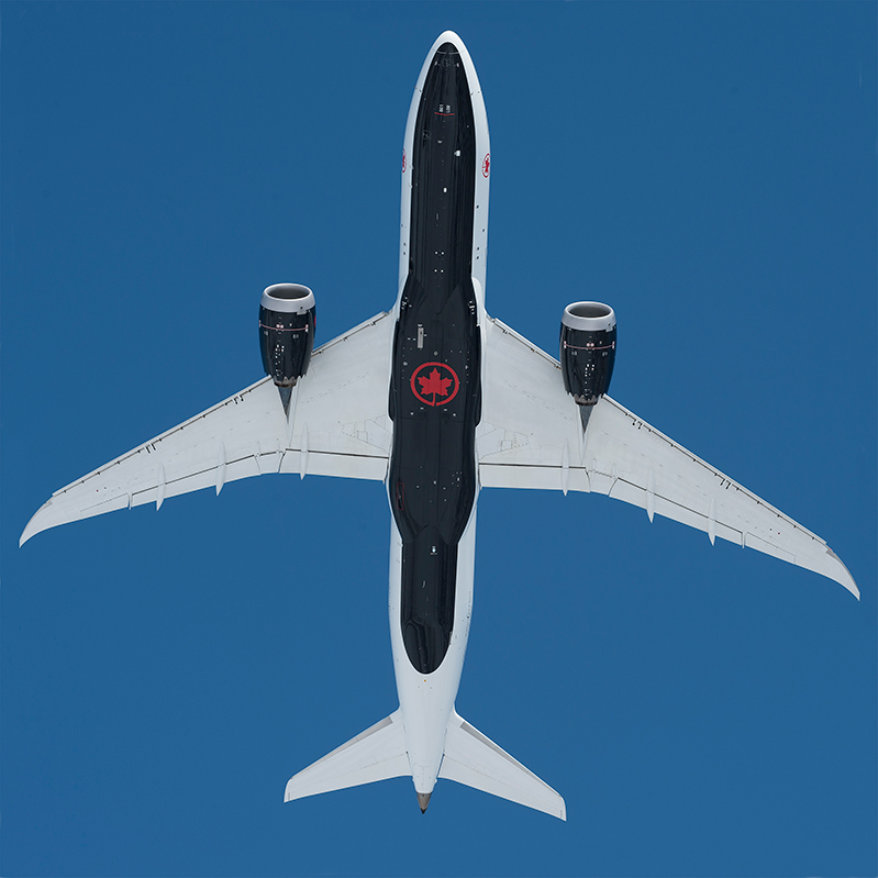 The belly of Air Canada's 787-8 aircraft