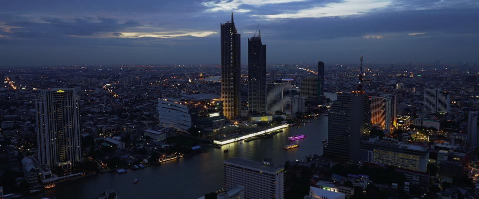 bangkok skyline dusk