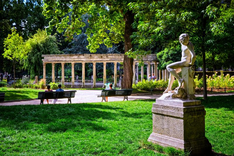 Park Monceau in Paris.