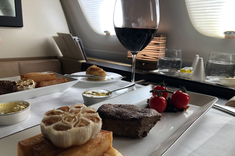 Example of dinner served in Etihad First