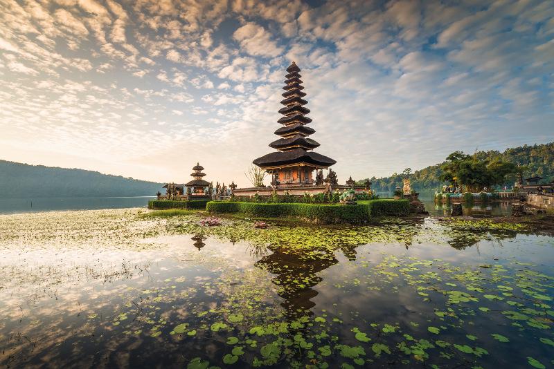 Pura Ulun Danu water temple