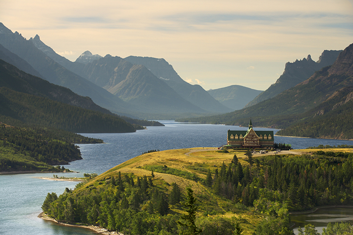 Waterton national park hotel Canada