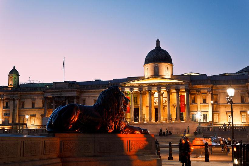 national gallery at trafalgar square london