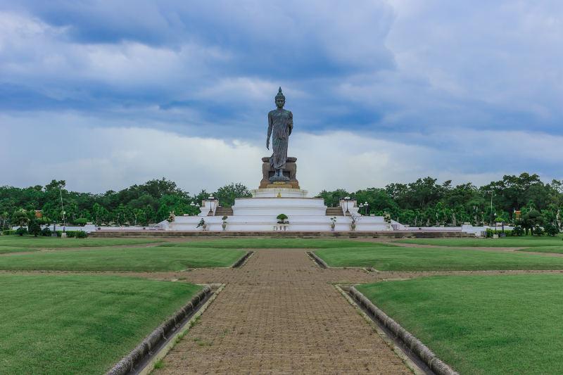buddah statue Phuttamonthon bangkok