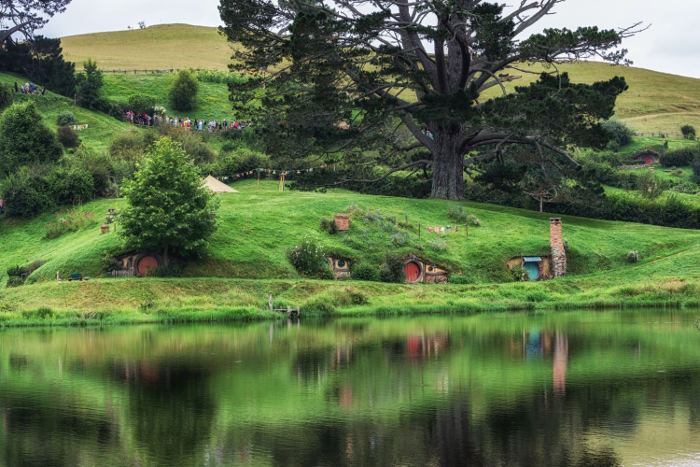 Hobbiton houses new zealand