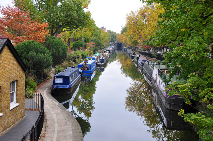 regents canal autumn london