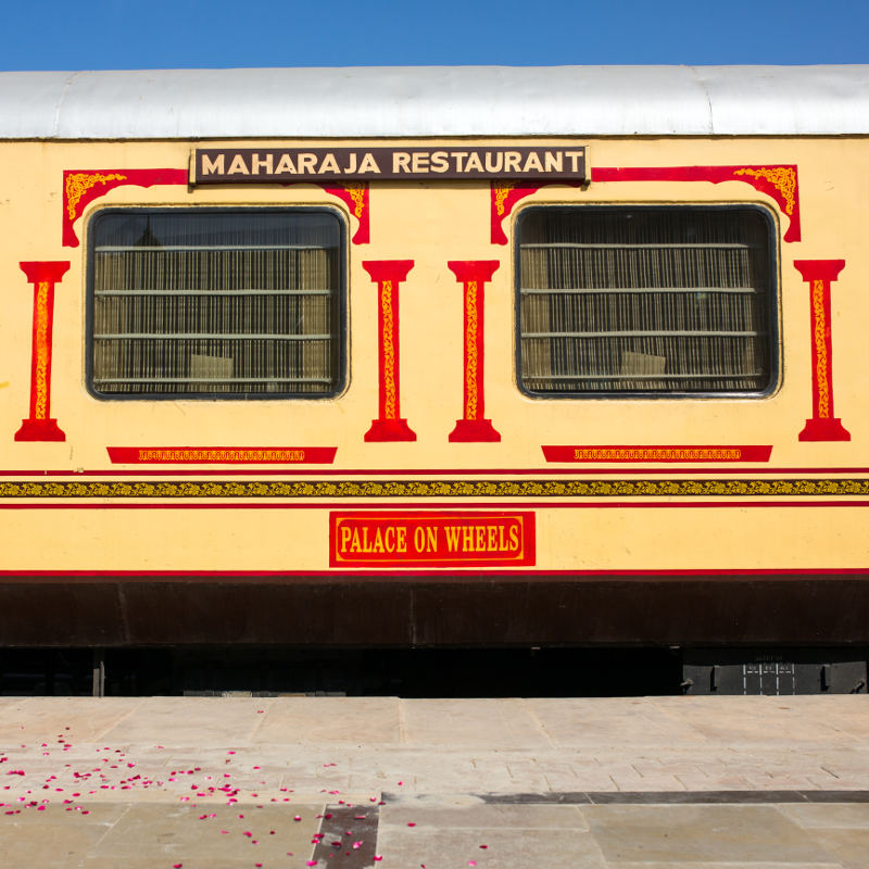 palace on wheels train exterior india