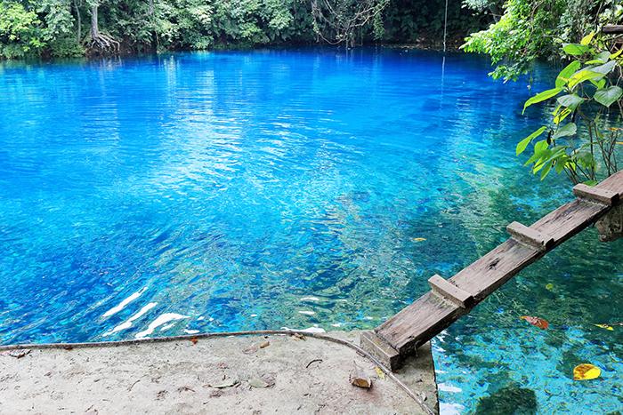 blue holes of espiritu santo vanuatu