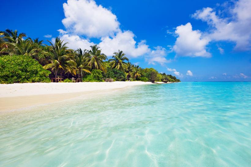 soneva fushi island beach maldives