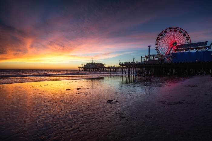 LA's top 10 must-have experiences - Santa Monica Pier