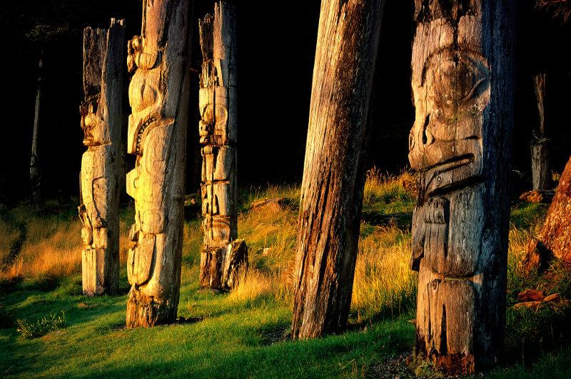 Gwaii Haanas totems, Canada