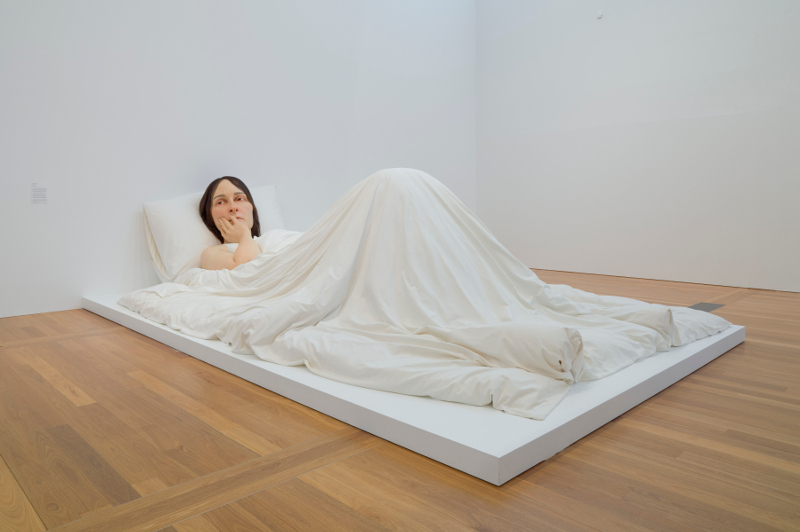 In bed 2005, Ron Mueck. Image: QAGOMA
