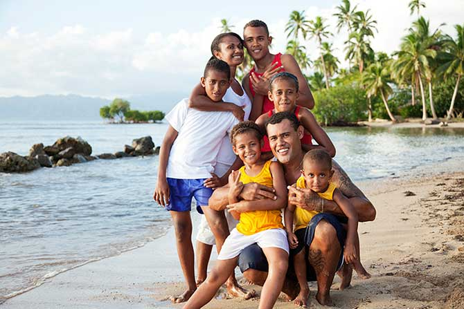 Fijian families mostly speak English