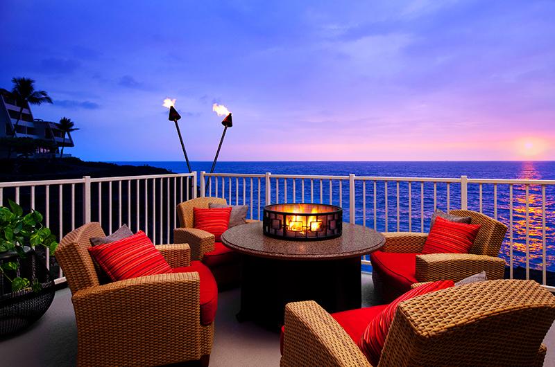 Balcony at the Sheraton Kona Resort & Spa at Keauhou Bay at sunsett