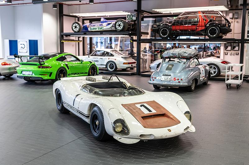 Porsche Boxter Bergspyder car