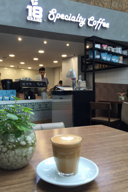 18 grams coffee shop in hong kong.